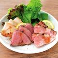 料理メニュー写真3種の肉盛り