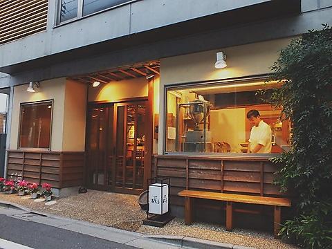 その行列に理由あり。極上の蕎麦をはじめ、さまざまな日本料理を味わい尽くせる名店