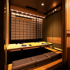 赤坂見附 個室 居酒屋≫8名様~♪オシャレで落ち着いた空間♪扉付きの個室席もご用意しておりますので隣も気にせず、大事なお席にも雰囲気を大切にお楽しみいただけます!当店ではどんなシーンでもお使い頂けます!東京駅エリアで個室居酒屋をお探しでしたらぜひ当店へ♪デザートプレート無料クーポンあり♪
