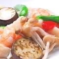 料理メニュー写真三種海鮮のガーリック炒め