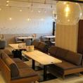 各種お集まりの際にはソファ-お席がおすすめ!ご人数に合わせてご予約くださいませ。プライベート感たっぷりにお楽しみいただけます♪