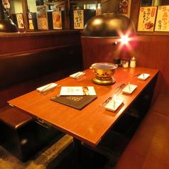 6名テーブル席はBOX席です。ボックス席になっているので、周りを気にせずグループでお話を楽しみながらお食事できます♪排煙設備も完備しているので煙を気にせず焼肉宴会♪