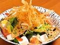 料理メニュー写真お豆腐とトマトのパリパリ和風サラダ
