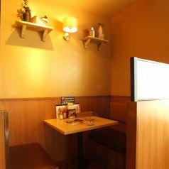 【横浜】【横浜駅より徒歩3分】飲み会や女子会やママ会など様々なシーンに応じてレイアウトの変更が可能です。その他ご要望がある際は店舗までお気軽にご相談いただけますとご対応させていただきます。