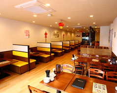 中華料理 鴻福居 こうふくきょ 都賀駅前店の雰囲気1