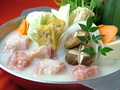 料理メニュー写真■単品 博多水炊き(スープ・ハーブ鶏もも肉・つくね・野菜盛り)