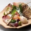 料理メニュー写真旬魚五種盛り合わせ