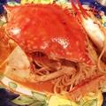 料理メニュー写真丸ごと1匹渡り蟹のトマトクリームスパゲッティ