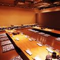 掘りごたつのお部屋は貸切も相談可能です。宴会は最大52名様まで対応致します。自慢の九州名物と美味しいお酒で皆様に満足いただけるコースをご用意しております。お気軽にご相談ください。