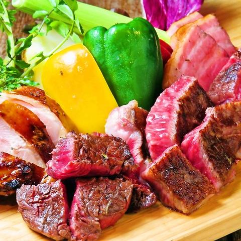 迫力あるお肉が満載♪駅前炉ばた甚十郎★厳選したお肉にひと手間加えた創作肉料理の店