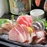 名物は市場の刺盛り!新鮮な海鮮をお届け!