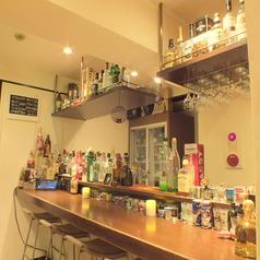 【半地下】BARスペース♪満席時は立ち飲みのお客様も◎