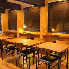 広々お使いいただけるテーブル席もございます。ゆったりお食事をお楽しみください♪