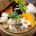 料理メニュー写真蒸し野菜盛り合わせ二種ダレ
