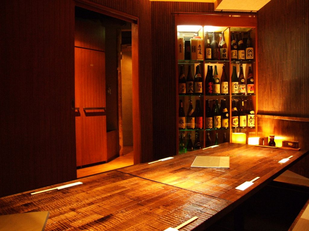 落ち着く少人数用個室もあり!仲間同士の飲み会に最適!2~20名様までご利用頂けます!!