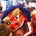 沖縄県内外で活躍する演者さんの島唄ライブが無料で楽しめます!イベント時にはエイサーや獅子舞も☆