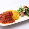 料理メニュー写真トマトソースプレート