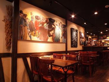 ブレッツカフェ クレープリー 銀座店の雰囲気1