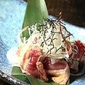 料理メニュー写真鴨わさ/もも肉のタタキ