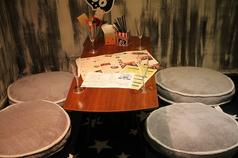 2階のお座敷の2名ー4名までのゆったりしたお座敷席。ママ会や女子会、カップルでゆっくりお食事に最適。