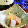 料理メニュー写真自家製・カラスミ・・・ボラの卵を仕入れて丹念に仕上げる坐唯杏の唐墨。