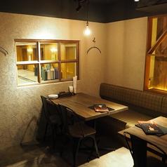 丸バル 北海道食市場 丸海屋バルの雰囲気1