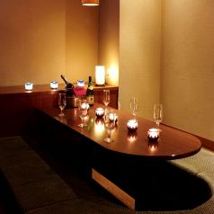 個室のお席は人気ですのでご予約はお早めにお願い致します。