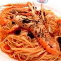 料理メニュー写真スカンピ&オリーブで仕上げた・海老とトマトのスパゲッティ