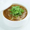 料理メニュー写真フカヒレたっぷり醤油スープ(一人前)