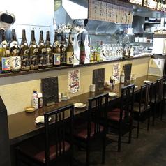 カウンターのお席は5席ご用意がございます。お一人のお客様や並んでお食事を愉しまれる方は是非!