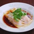 料理メニュー写真海鮮入り蒸し春巻(腸粉)2個入り