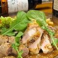 料理メニュー写真北海道産 江別産 豚肩ロースと季節野菜のグリル