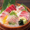 料理メニュー写真鮮魚入り刺身5点盛り(2貫盛り)