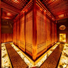 居酒屋 雫 SHIZUKU 六本木店の雰囲気1