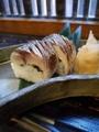 料理メニュー写真炙り鯖寿司・二貫