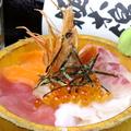 料理メニュー写真トロ函海鮮丼