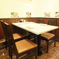 2~4名様テーブル席