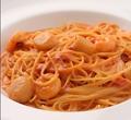 料理メニュー写真帆立貝柱と海老のトマトクリームソース スパゲッティ又はフェットチーネ