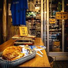 ◆テーブル席◆店内奥の横並び席。カップル様にオススメです◎♪