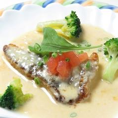 宇和島産真鯛のムニエル うにのクリームソース