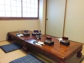 4名様用の個室、接待などにも最適です。