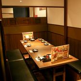 8名様用のロングテーブルは使い勝手が抜群です。