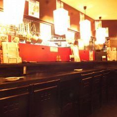 料理場を眺めながら1杯いかが?