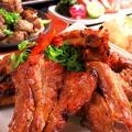 料理メニュー写真骨付き豚カルビ