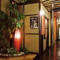 店内は和モダンな個室空間。天井も高く開放感のある個室が人気☆彡