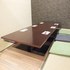 4~6名様での小宴会シーンでも完全個室掘り炬燵テーブルをご用意。顔合わせ、接待などにもピッタリです。