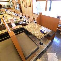 4名様掛けテーブル席×2席