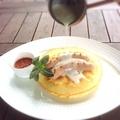 料理メニュー写真米粉のパンケーキgrillソーセージ