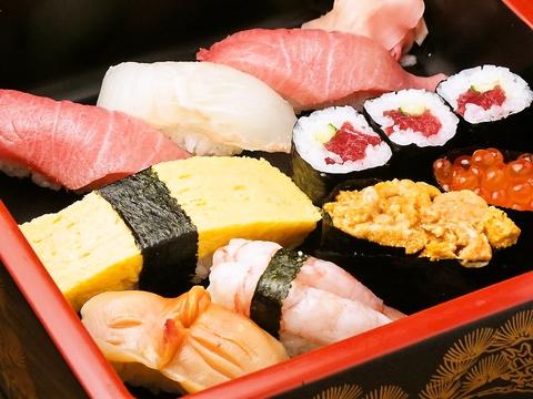 日本の和を生かした日本伝統のお寿司をご堪能あれ