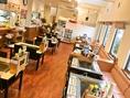 【広々とした店内】店内は95席(カウンター5席、テーブル66席、お座敷24席)もあるので、大人数にも対応可能です!